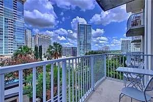 MLS # 5926709 : 360 NUECES ST 1104