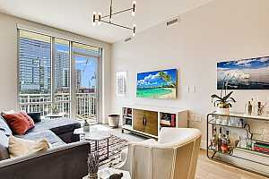 MLS # 5386523 : 222 WEST AVE 1203