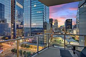 MLS # 8675407 : 200 CONGRESS AVE 12E