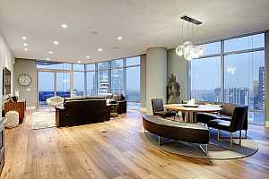 MLS # 5843348 : 200 CONGRESS AVE 32NE