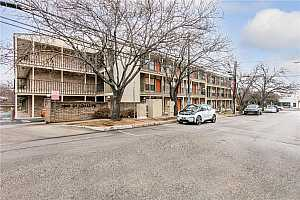 MLS # 5726659 : 3000 GUADALUPE ST 214