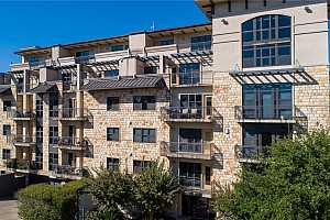 MLS # 7000169 : 1812 WEST AVE 105