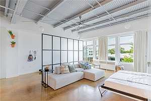 More Details about MLS # 5742501 : 2401 E 6TH ST 47