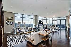 More Details about MLS # 3825445 : 200 CONGRESS AVE 40E