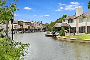 More Details about MLS # 6337583 : 410 N HORSESHOE BAY BLVD