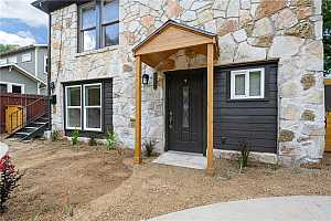 More Details about MLS # 9139336 : 801 E 44TH ST 2