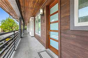 More Details about MLS # 4542402 : 1504 COLLIER ST 12
