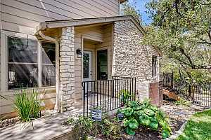More Details about MLS # 3690959 : 9518 TOPRIDGE DR 32