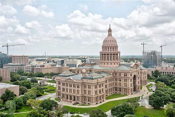 Photo #16 Prime views of the capital building.