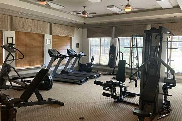 Photo #21 Workout Room