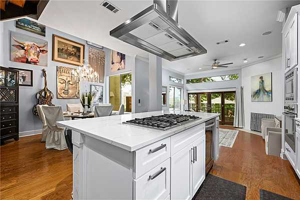 Photo #15 Terrific flow - very open floorplan. Home is immaculate throughout!