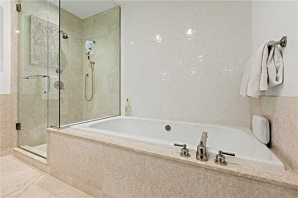 Photo #20 Soaking tub and separate walk-in shower