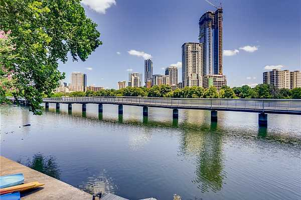 Photo #1 WELCOME TO RIVERWALK CONDOS WITH GORGEOUS DOWNTOWN VIEWS.