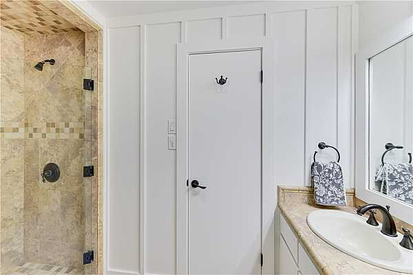 Photo #16 Bathroom with tile shower