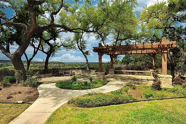 Photo #27 Imagine watching the incredible Texas sunsets from this idyllic setting.