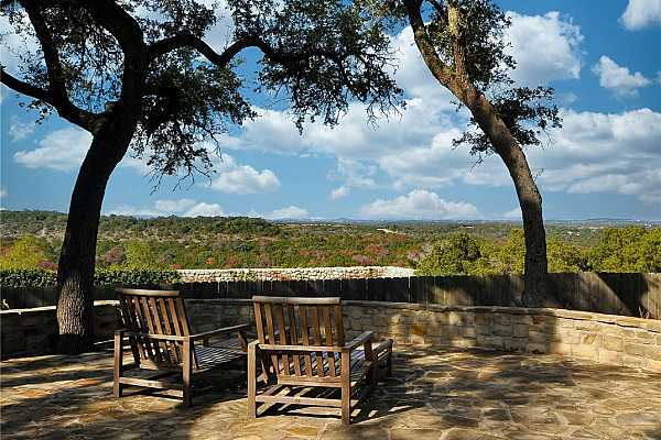 Photo #28 Miles and miles of Hill Country views!