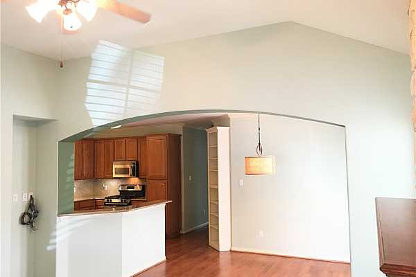 Photo #7 Appliances available for sale with Personal Property Addendum.
