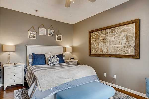 Photo #14 Beautifully updated master suite!