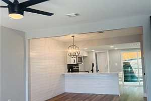 Browse active condo listings in CHIMNEY CREEK