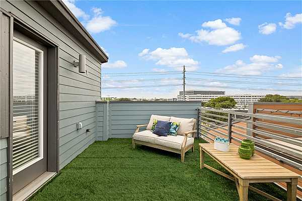 Photo #34 Rooftop deck, fully lined with artificial turf, overlooks the Oracle campus.