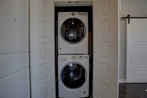 Photo #19 Washer and Dryer provided.