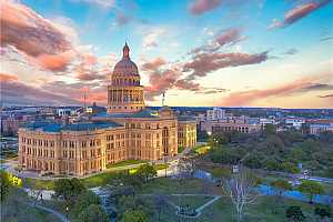 Browse active condo listings in DOWNTOWN AUSTIN